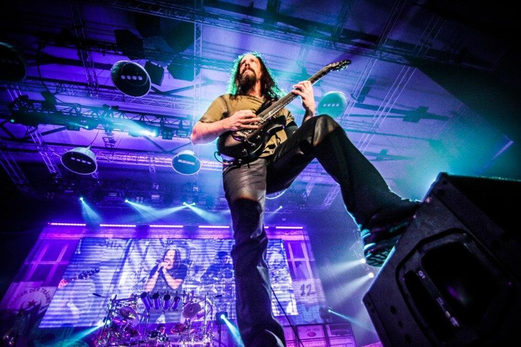 John Petrucci Dream Theater Barcelona 2014