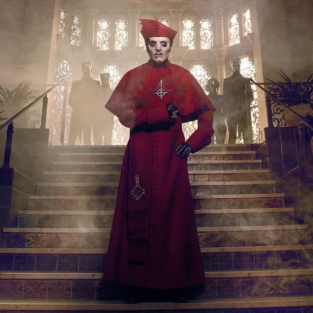 Ghost Cardinal Copia