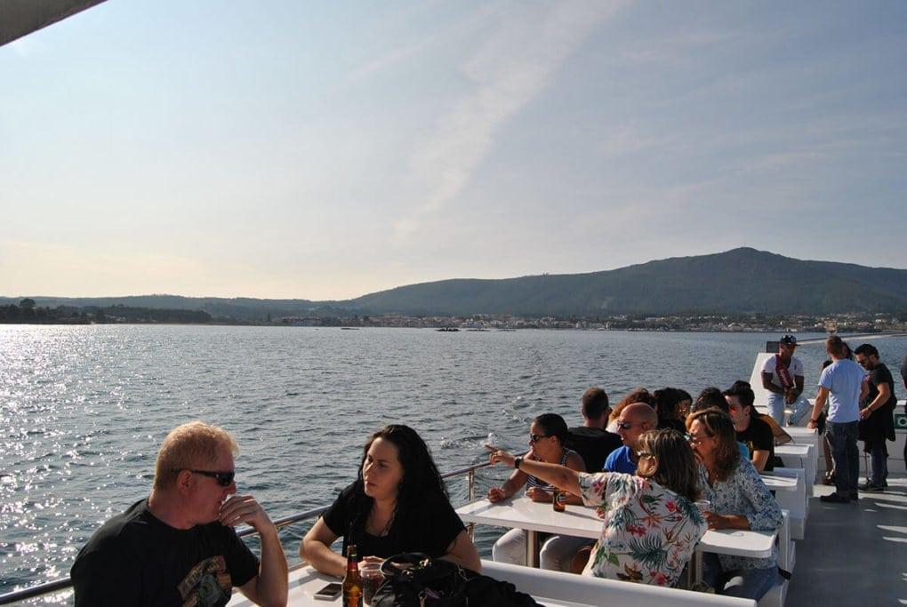 Catamarán Entrebateas Ria de Arousa