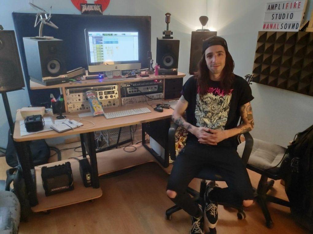 BB Plaza Crisix estudio